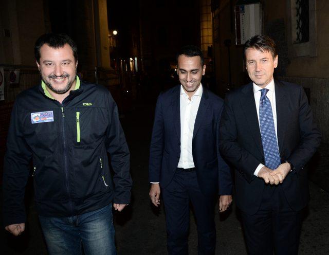 Dopo vertice a Palazzo Chigi cena tra Salvini, Conte e Di Maio. Bocciatura Ue in arrivo?