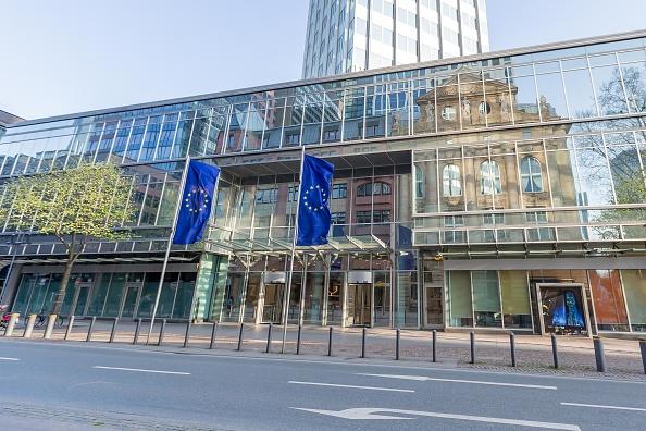 L'idea della Bce: rimuovere i debiti tossici delle banche dell'Eurozona dai loro bilanci e farli confluire in una bad bank