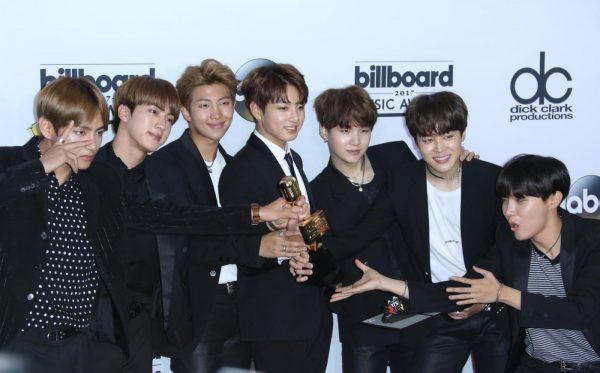 I BTS, ovvero la boy band sudcoreana che sta mandando in delirio giovani e non di tutto il mondo, sarebbe sul punto di sbarcare alla borsa di Seoul