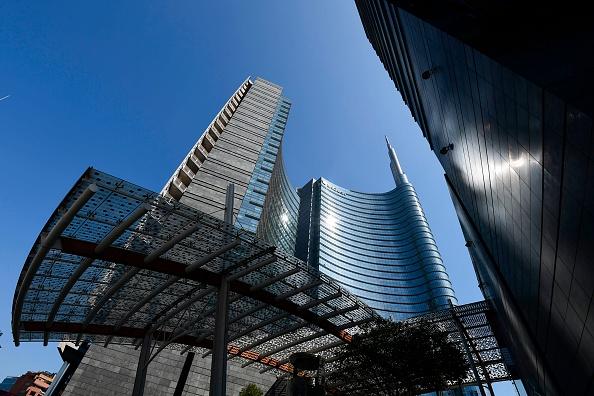 UniCredit, preda o predatrice? L'analisi M&A di Goldman Sachs la identifica piuttosto come preda nel risiko bancario che interessa l'Europa