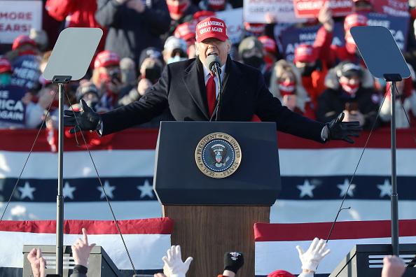 Il giorno delle elezioni presidenziali Usa è arrivato: secondo Axios Trump sarebbe pronto a dichiarare vittoria prima della fine del conteggio dei voti nei sei swing states