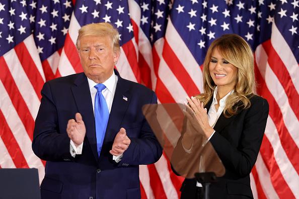 Elezioni presidenziali Usa: Trump si proclama vincitore in anticipo prima di fine conteggio voti contro lo sfidante democratico Joe Biden