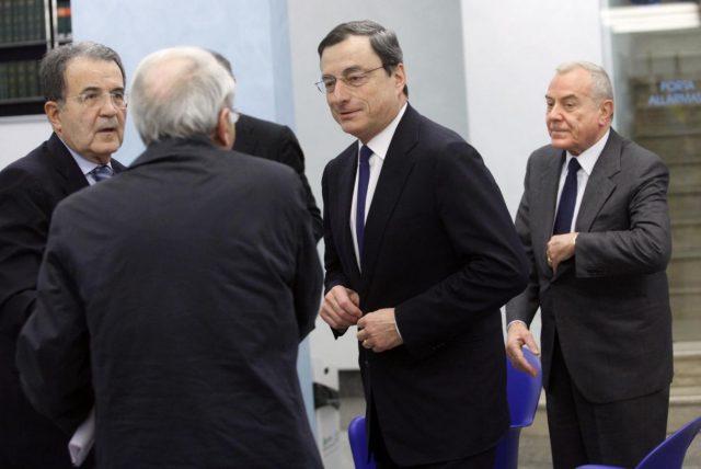 Romano Prodi su ipotesi Draghi premier: spesso gli italiani aspettano un salvatore per poi crocifiggerlo