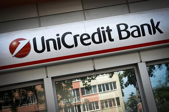 UniCredit si prepara a 100 giorni di fuoco: deciderà alla fine di accollarsi Mps? Prima, occhio ai dividendi dopo decisione Bce
