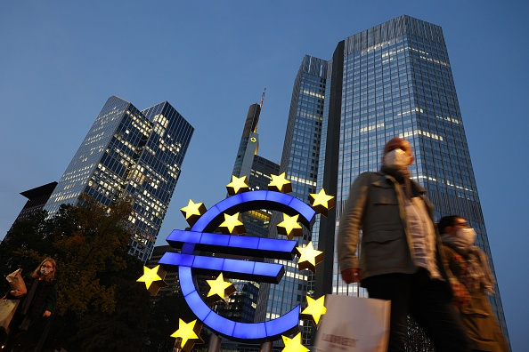 La Bce ha scongelato dividendi banche ma ha tagliato le cedole in modo sostenuto in vista di bomba NPL da Covid