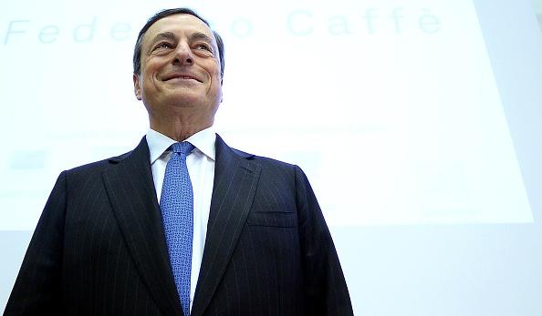 """Mario Draghi su Recovery Fund: se le risorse del Next Generation EU saranno """"sprecate, il debito alla fine diventerà insostenibile perché i progetti finanziati non produrranno crescita"""""""