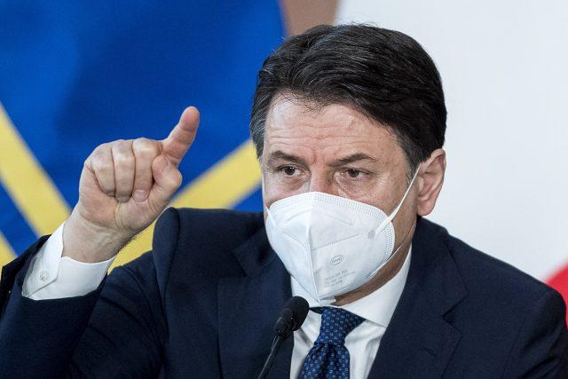 Crisi governo Conte: Renzi piccona l'esecutivo sul Recovery Plan. Esecutivo al collasso?