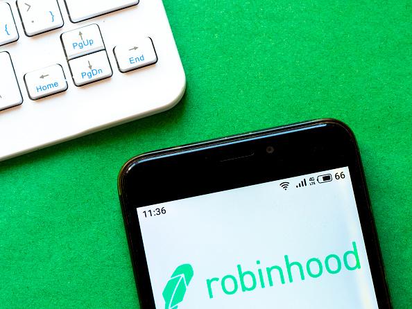 Robinhood, ovvero l'APP di trading rivolta agli investitori retail: utenti crescono a 13 milioni