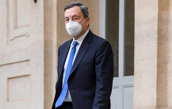 Mario Draghi: soltanto il nome si sta confermando garanzia del debito pubblico Italia. Spread BTP-Bund e tassi BTP ai minimi