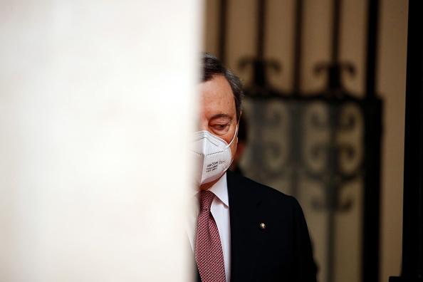 Mario Draghi: Moody's avverte su diverse sfide. Non solo Recovery Fund, occhio a riforme strutturali