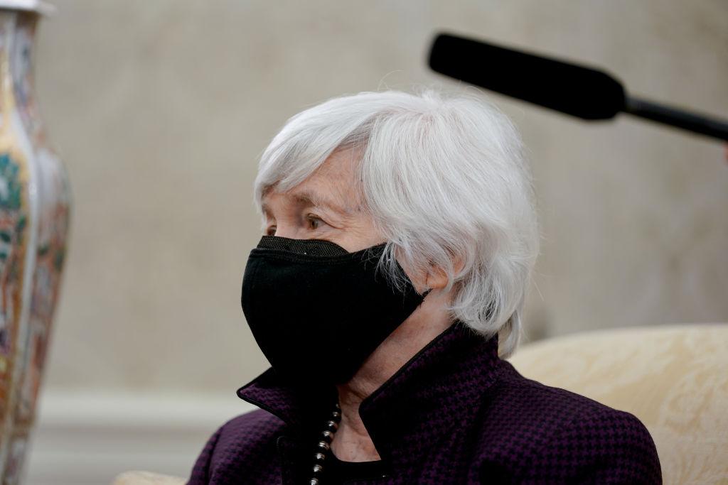 Janet Yellen scatena il taper tantrum a Wall Street parlando di tassi ed economia surriscaldata