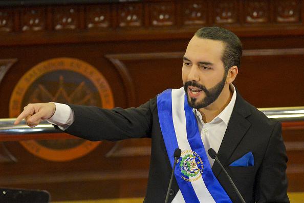Il presidente di El Salvador Nayib Bukele annuncia che il Bitcoin diventerà moneta legale nel paese il prossimo 7 settembre