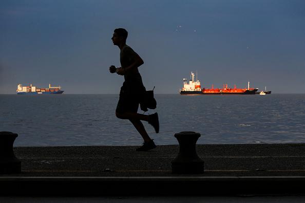 Allarme caro bolletta in Italia e in Europa con rally gas naturale nel mondo