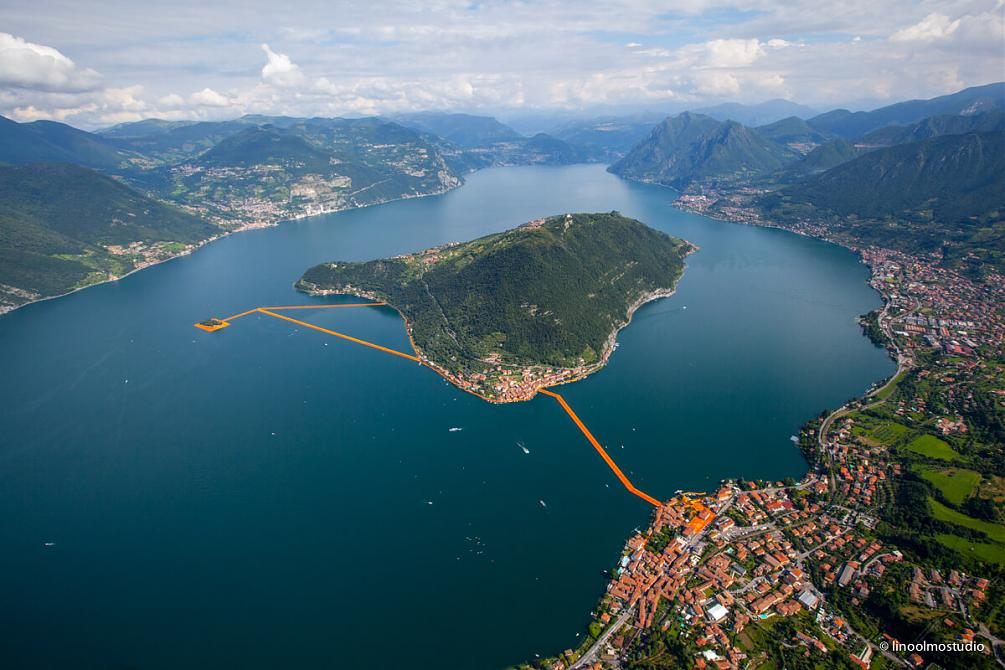 Christo Parte II-floating-piers-6.jpg